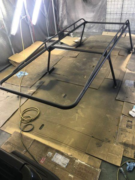 ピックアップトラックベッド、ルーフラックコーティング塗装!