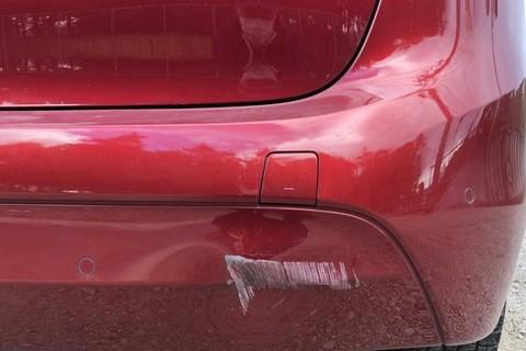 BMW 3シリーズ バンパー修理
